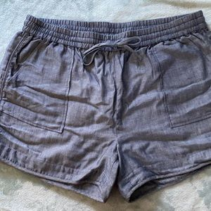 Kenneth Cole Size Large Chambray Pull On Shorts